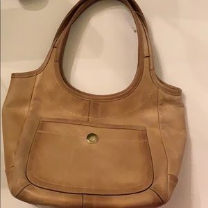 Coach hobo brown leathers